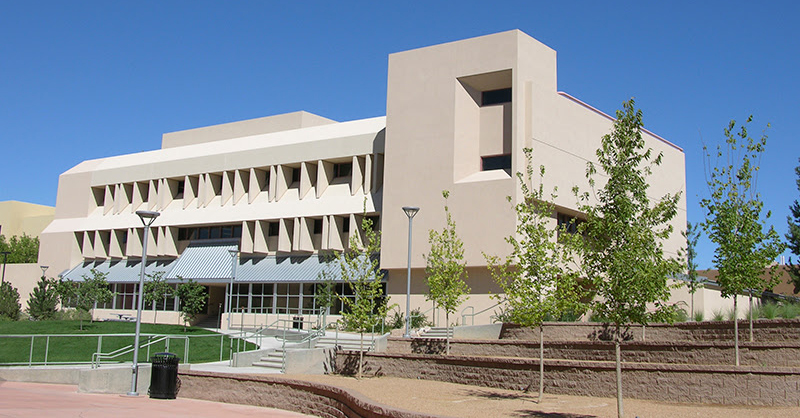 UNM Electrical and Computer Engineering Building
